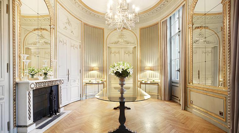 Patrick Hellman Schlosshotel Vestibul