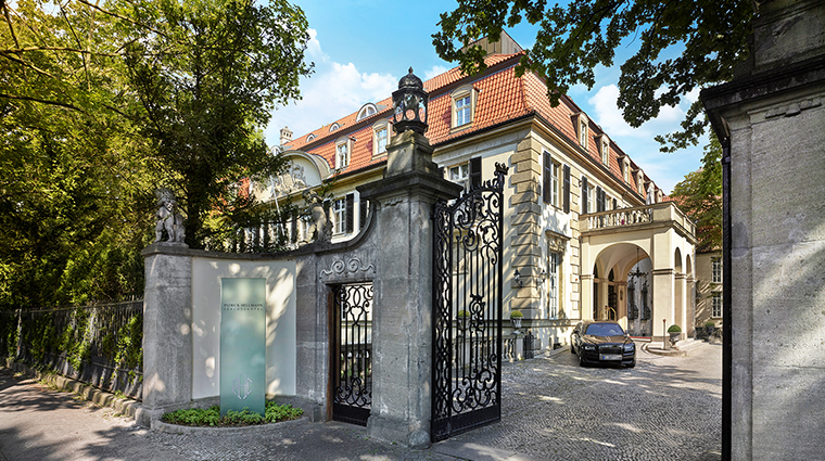 Patrick Hellman Schlosshotel exterior