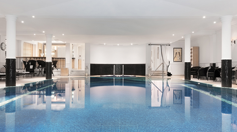 Patrick Hellman Schlosshotel pool