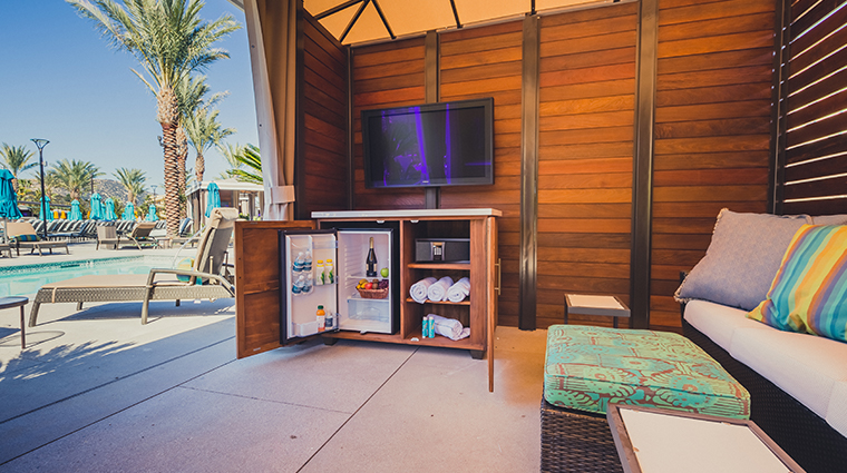 pechanga resort casino cove pool cabana