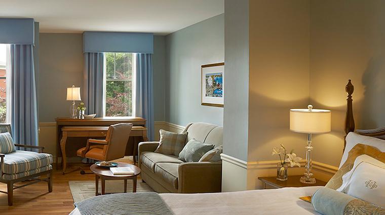 portland harbor hotel guestroom2