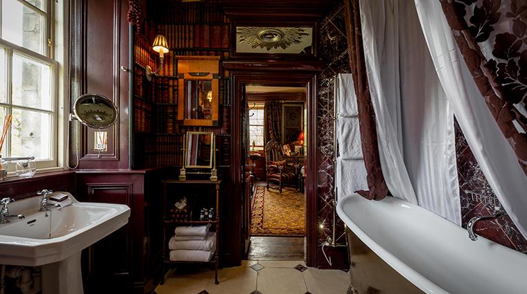 prestonfield house edinburgh owners suite bathroom