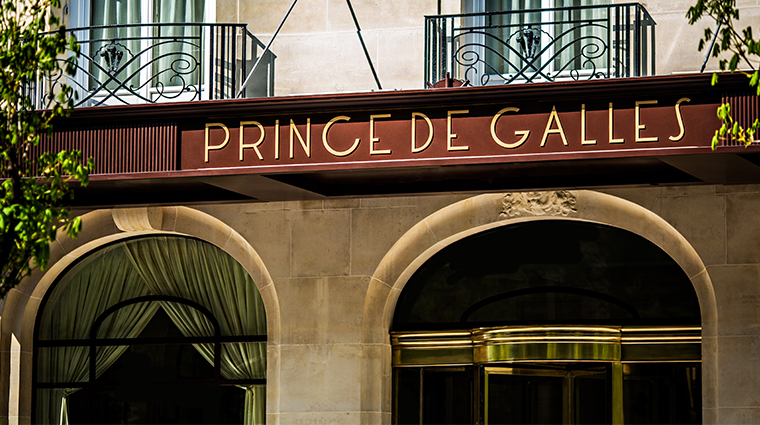 prince de galles a luxury collection hotel exterior signage