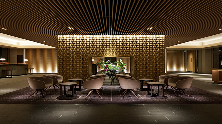 prince sakura tower tokyo lobby2