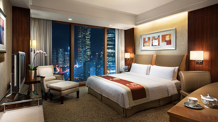 Pudong Shangri La Executive room