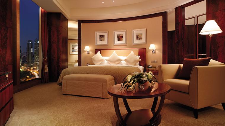 pudong shangri la east shanghai suite bedroom