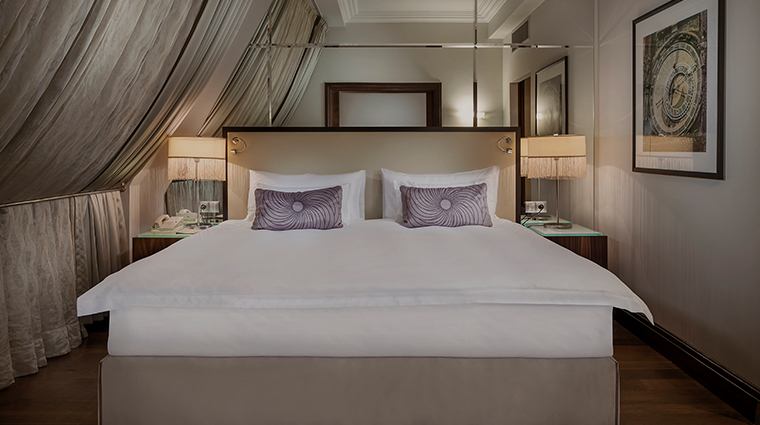 radisson blu alcron hotel castle view suite