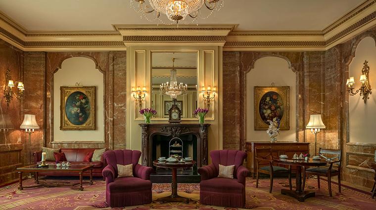 Regent Berlin lounge