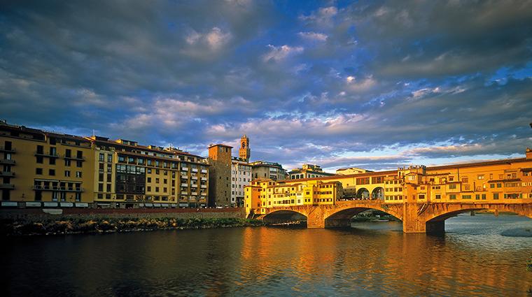 Relais Santa Croce bridge
