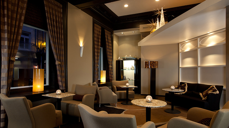 restaurant initiale lounge