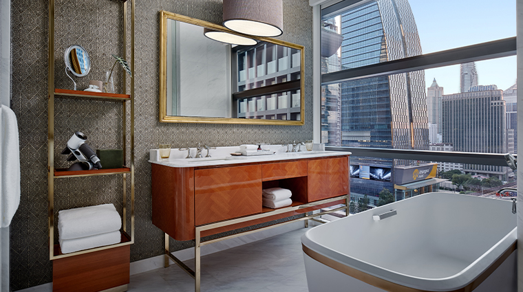 rosewood bangkok deluxe bathroom