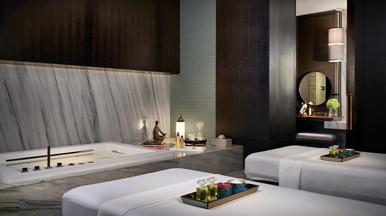 rosewood bangkok spa treatment room