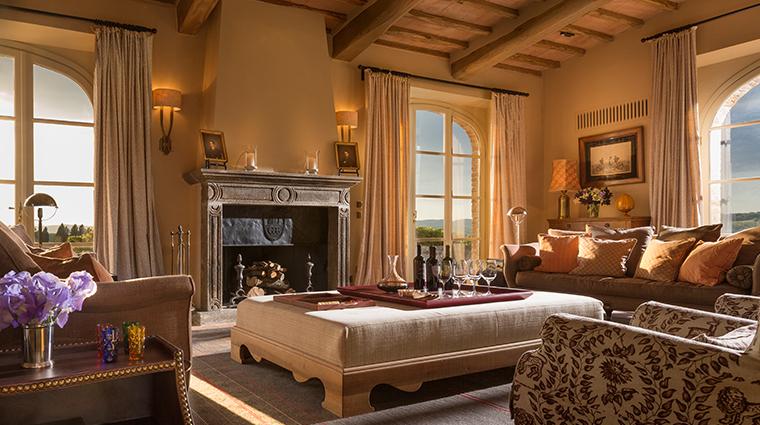 rosewood castiglion del bosco Villa Sant Anna Living Room