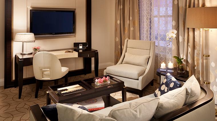 rosewood hotel georgia deluxe room