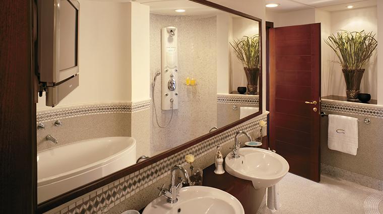 rosewood jeddah bathroom
