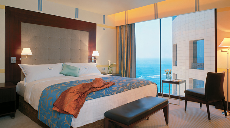 rosewood jeddah guestroom2