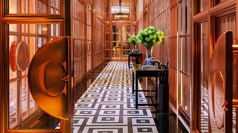 Rosewood London entrance gallery