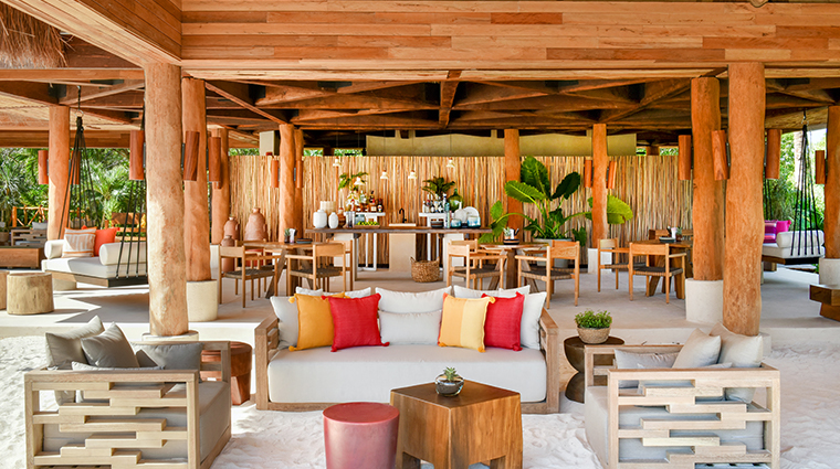 rosewood mayakoba Palapa Living two Bar