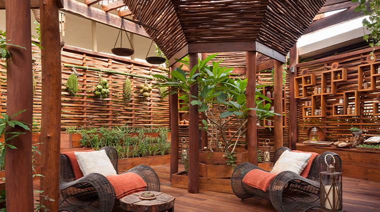 rosewood mayakoba Sense Spa Kuxtal Sensory Garden chairs