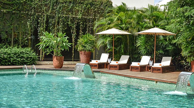 rosewood mayakoba hydrotherapy pool