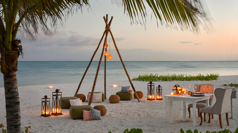 rosewood mayakoba private beach dinner
