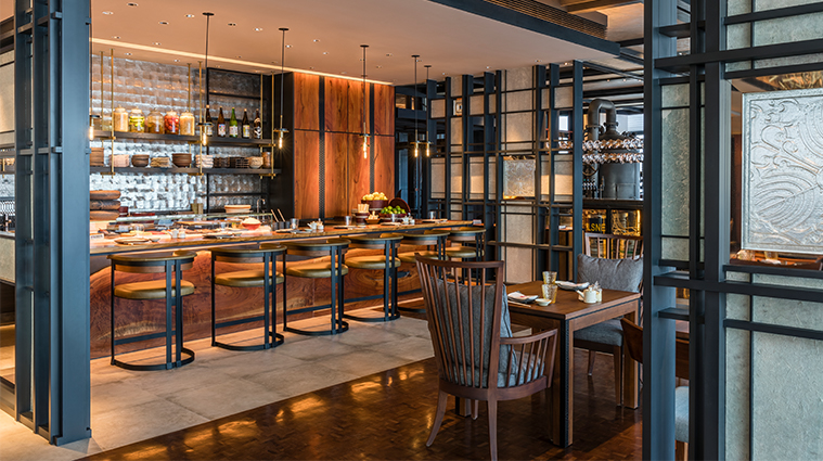 rosewood phnom penh iza sushi bar