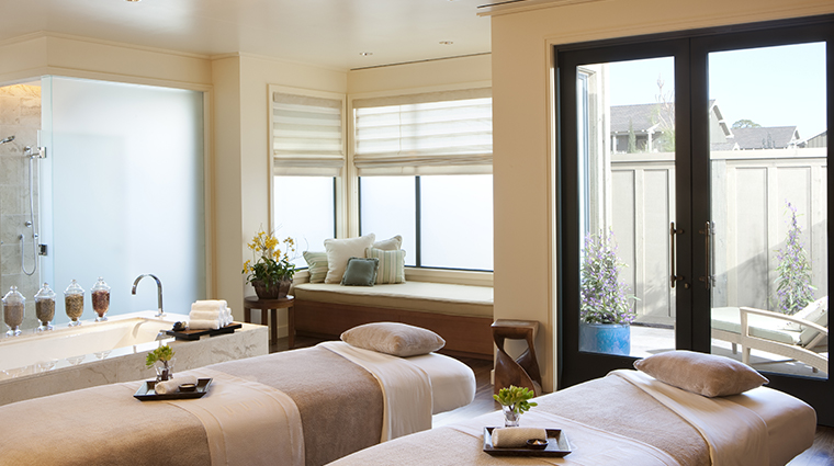 rosewood sand hill spa treatment0room