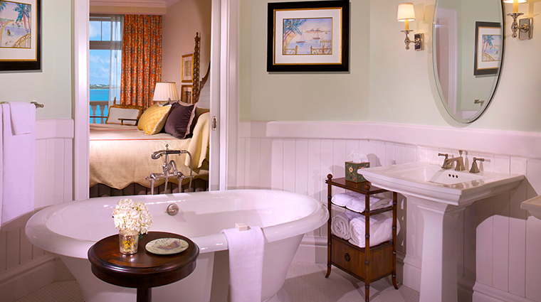 rosewood tuckers point guestroom bath