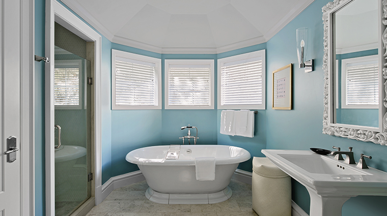 rosewood bermuda new room tub
