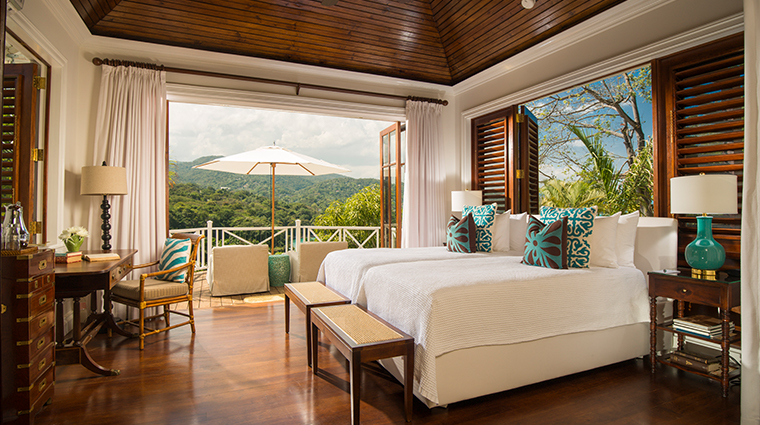 round hill hotel and villas premium luxury villa bedroom
