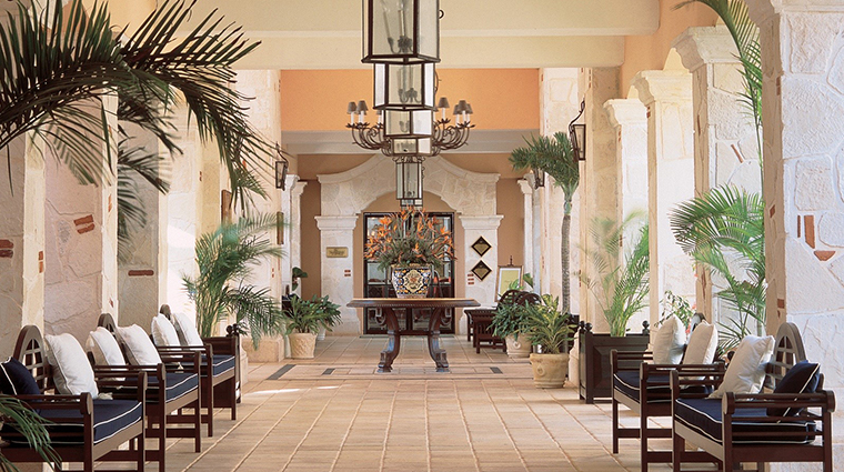 royal hideaway playacar hall