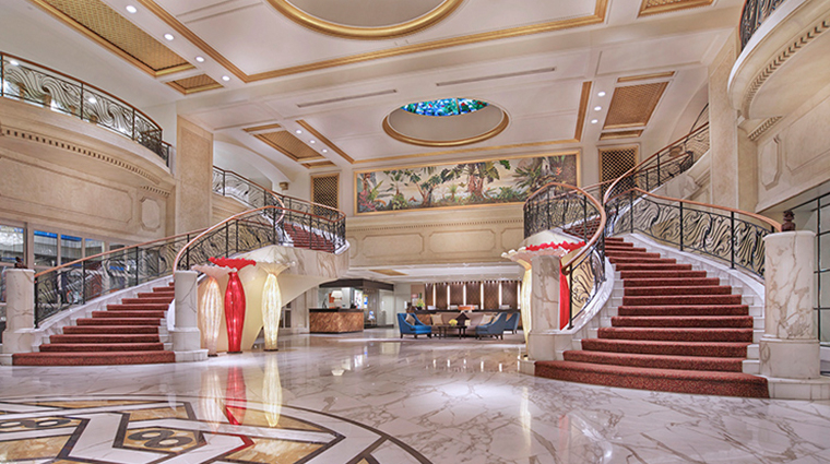royal plaza on scotts singapore hotel lobby