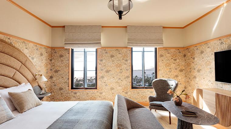 santa monica proper hotel guestroom2