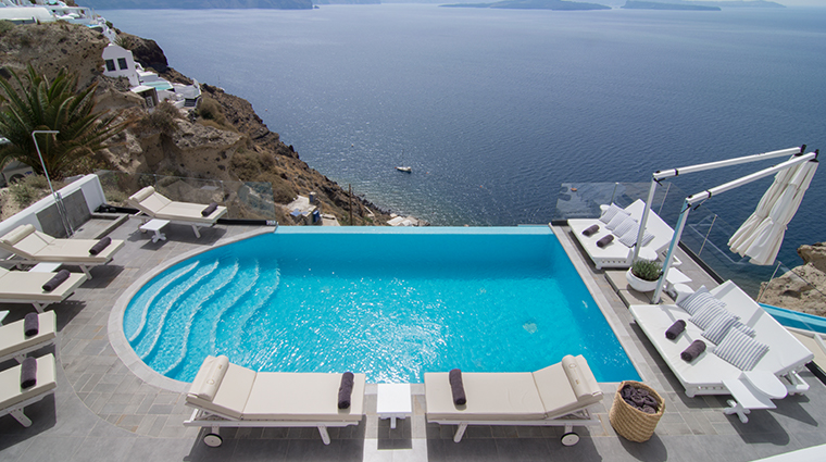 santorini secret suites spa pool