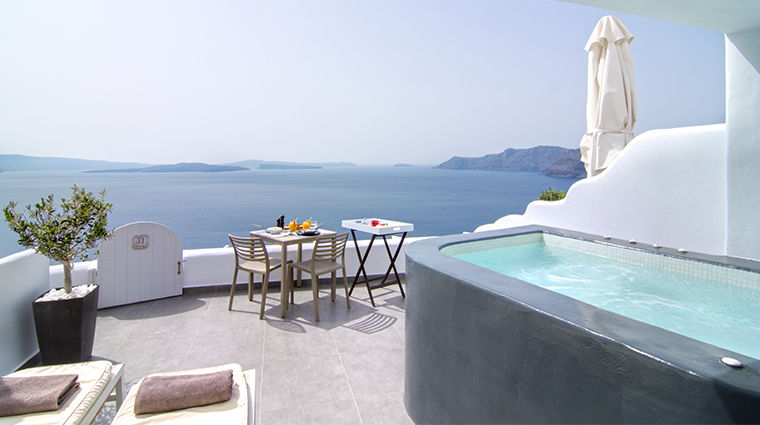 santorini secret suites spa premier suite outdoor
