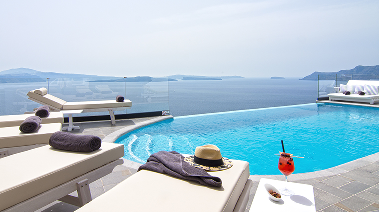 santorini secret suites spa spa pool