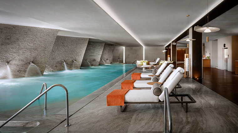 se by grand velas los cabos hydrotherapy pool