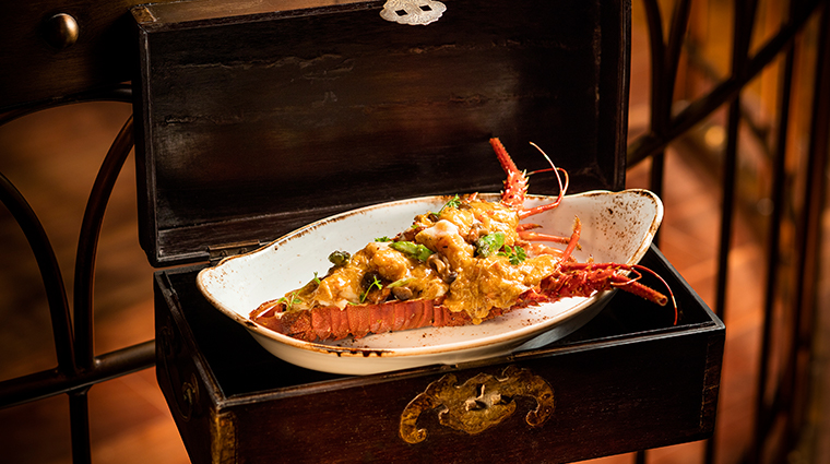 shanghai magic wok fried lobster with hairy crab sauce