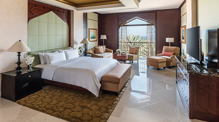 shangri la al husn resort spa jabreen suite