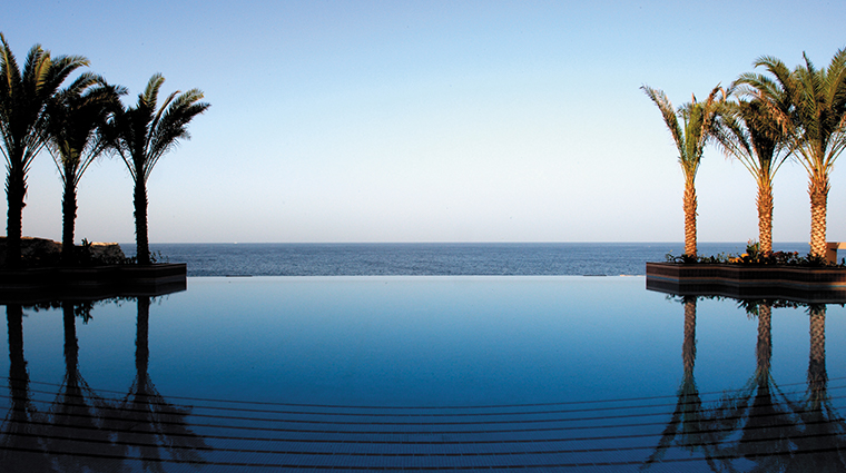 shangri la al husn resort spa pool