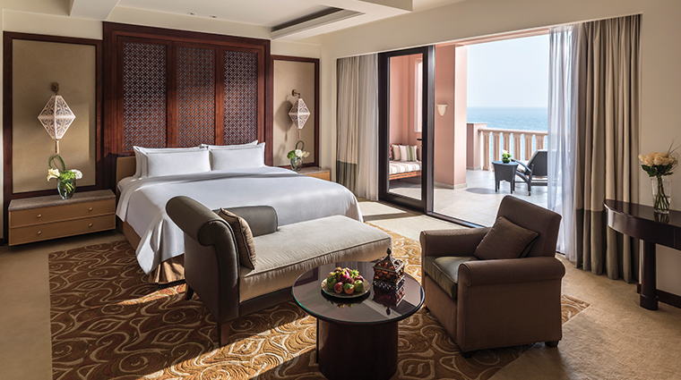 shangri la al husn resort spa specialty suite