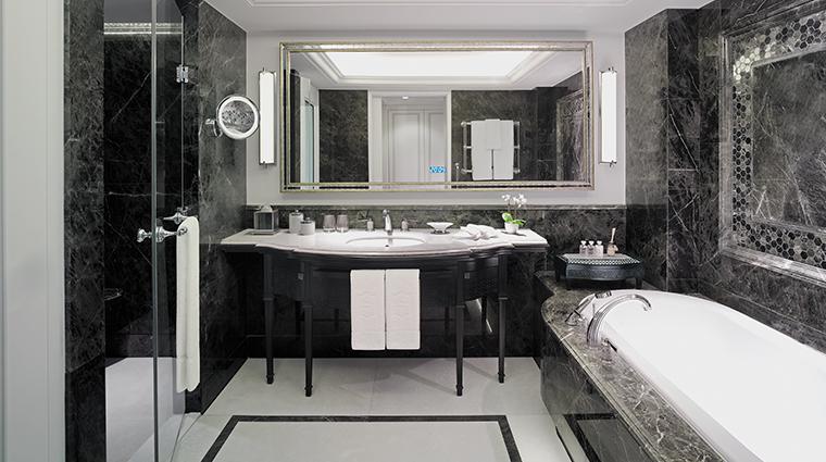 shangri la bosphorus istanbul bathroom