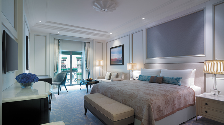 shangri la bosphorus istanbul bedroom