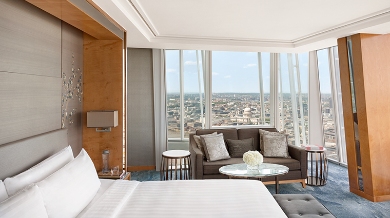 shangri la hotel at the shard london ciity view king