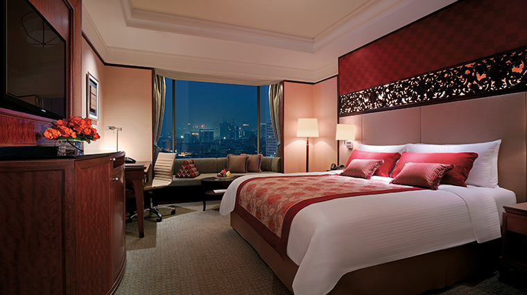 shangri la hotel bangkok bedroom