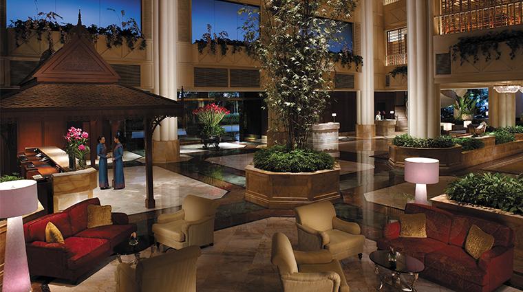shangri la hotel bangkok lobby