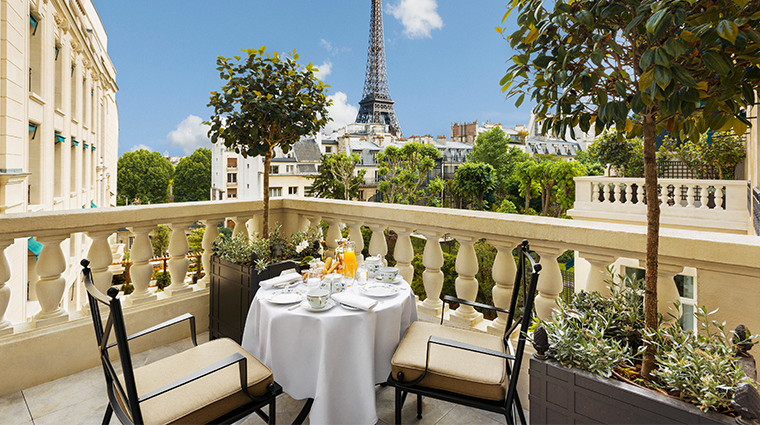 shangri la hotel paris terrace eiffel tower view suite