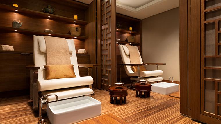 shangri la hotel vancouver CHI spa manipedi