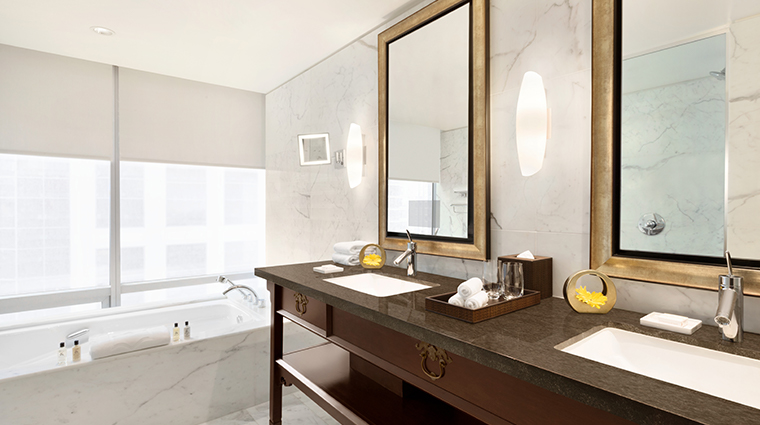 shangri la hotel vancouver guest deluxe suite bathroom