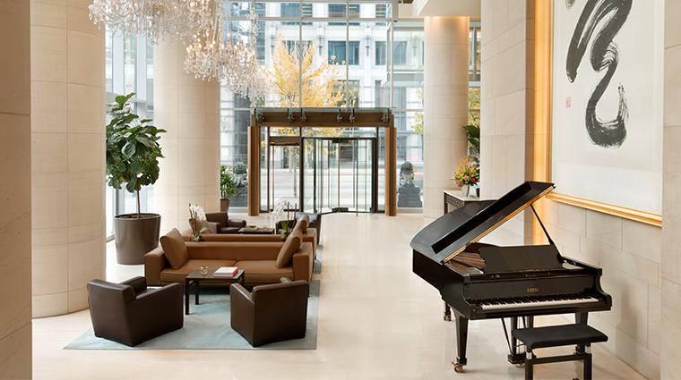 shangri la hotel vancouver upper lobby